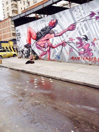 Bogota Graffiti Tour: Amazing
