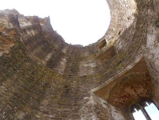 Farleigh Hungerford Castle: Inside Lady's Tower