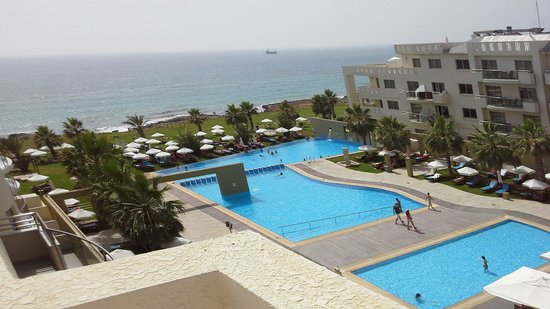 Capital Coast Resort & Spa: View from room 4111 roof terrace