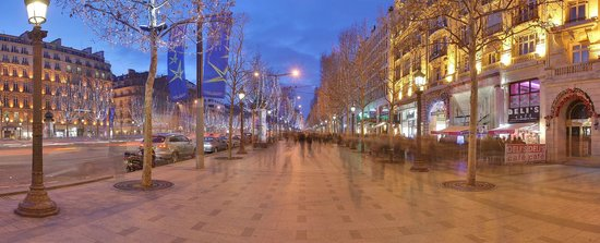 Champs-Elysees: The Champs Elysees, evening hour