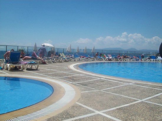 Best Negresco: pool view