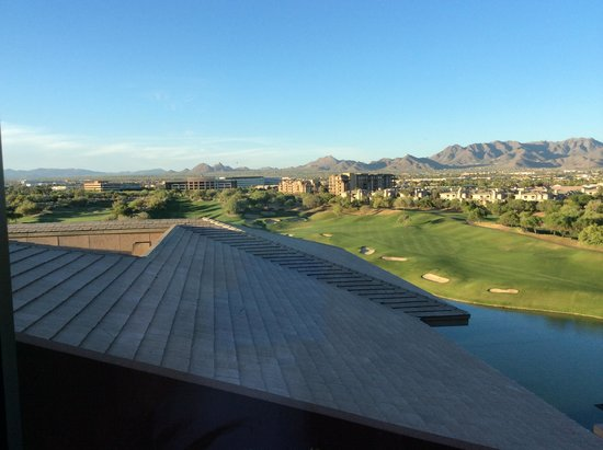 The Westin Kierland Resort & Spa: View from rear of Hotel