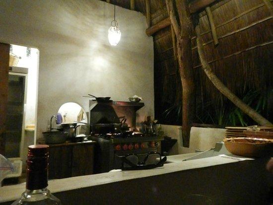 Restaurare: kitchen area