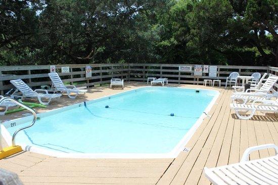 Blackbeard's Lodge: Great pool!