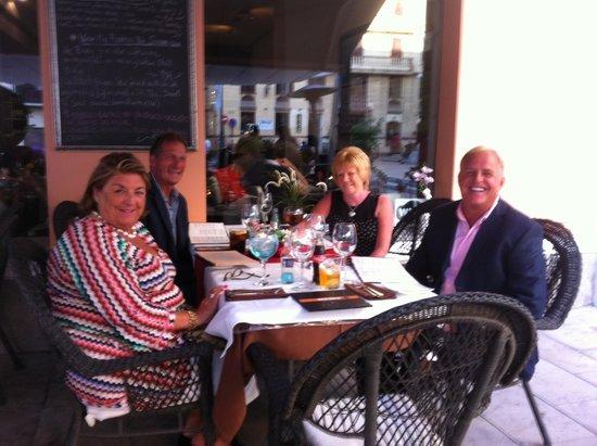 Restaurante Vino Mio: A great birthday diner with staff singing