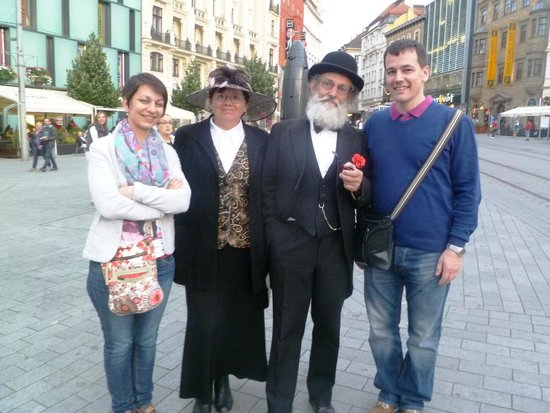 Namesti Svobody : we met a couple in historic ćostumes, they were great