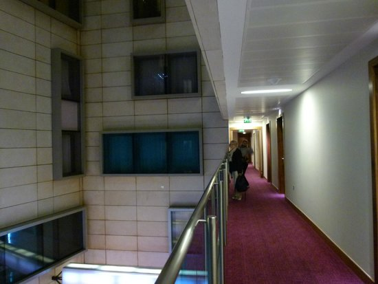 Park Plaza County Hall London: Corridoio per le camere