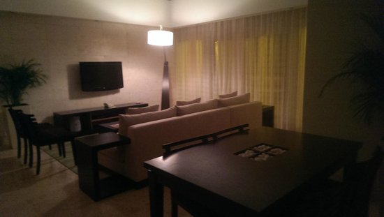Casa de Campo Re: Suite Living Room