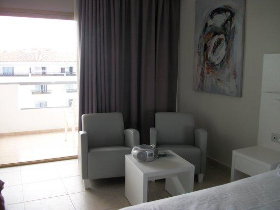 SENTIDO Gran Canaria Princess : seating area, very comfy chairs