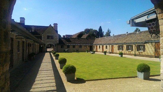Whatley Manor Hotel & Spa: Entrance to the spa area x