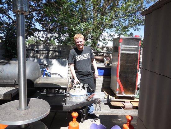 Satchmo's BBQ: Nice staff....