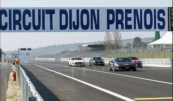 Holiday Inn Dijon Toison d'Or: Circuit Dijon Prenois