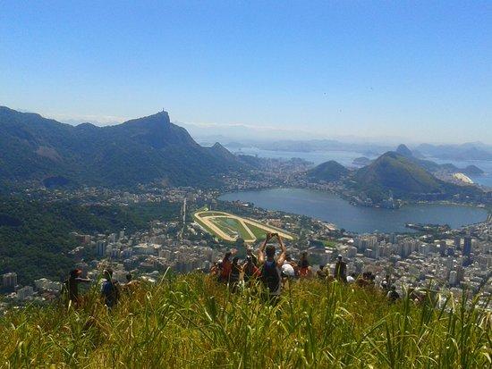 Morro Dois Irmaos: No topo