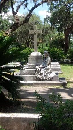 Bonaventure Cemetery Journeys w/ Shannon Scott: Beautiful