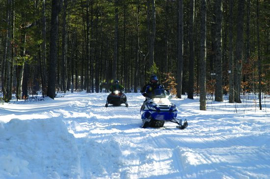 Danforth Bay Camping & RV Resort: Winter camping, near snowmobile trails