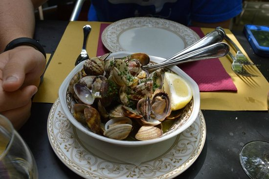 Trattoria Corte Sconta: Vongole (clams) with ginger