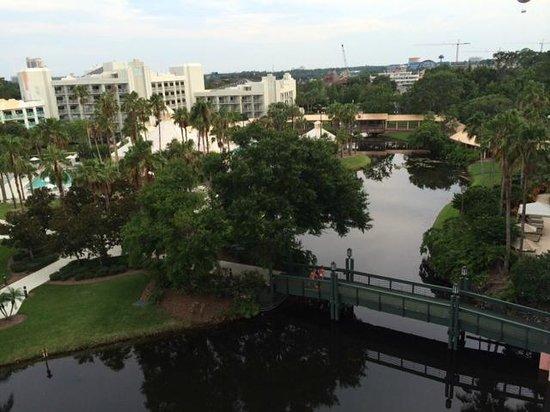 Hilton Orlando Buena Vista Palace Disney Springs : Vista do Quarto