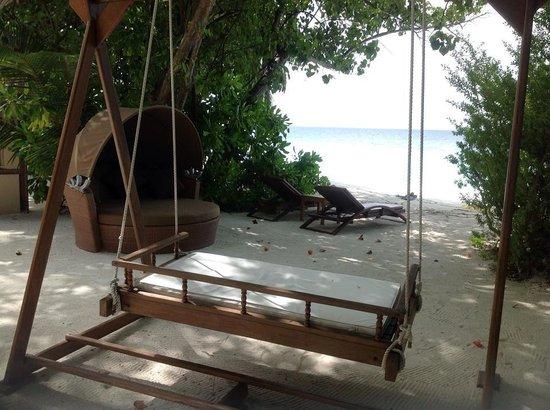 Angsana Ihuru : Beach Area