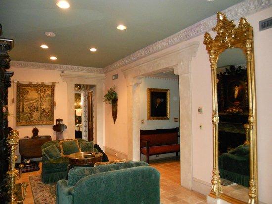 Le Pavillon Hotel : suite