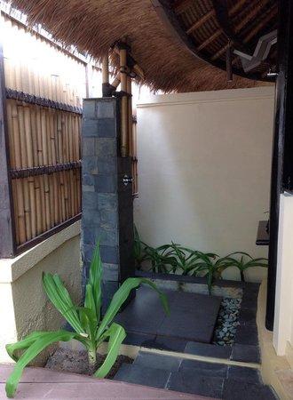 Banyan Tree Vabbinfaru: Outdoor Bath