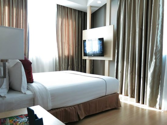 Hotel Granada Johor Bahru: Bed