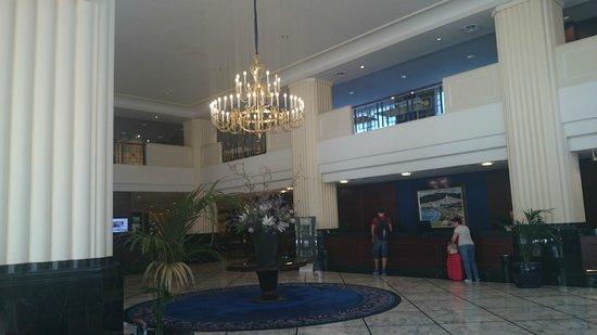 Gran Hotel Princesa Sofia: хол