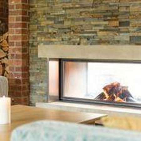 Moddershall Oaks Country Spa Retreat: Cosy Fireplace