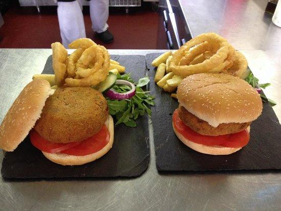 Michelangelo's: Vegetarian burger - burger night