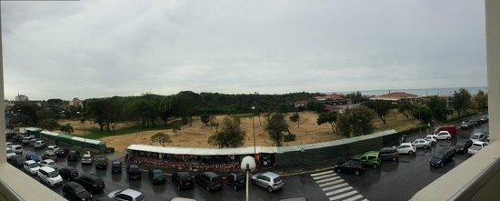 Grand Hotel Continental : Hotel balcony view