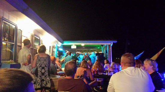 Kings Point Pub: Saturday night music!
