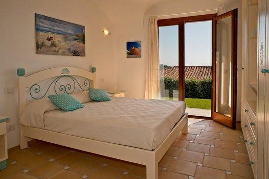 Resort Le Saline Palau: Bedroom