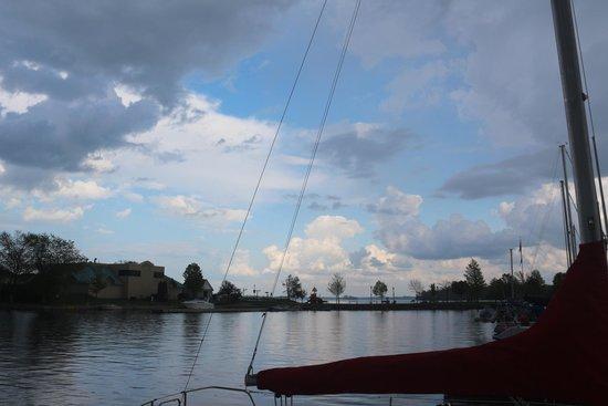 Sleepy Hollow Bed & Breakfast: Our Marina has 40 new docks.