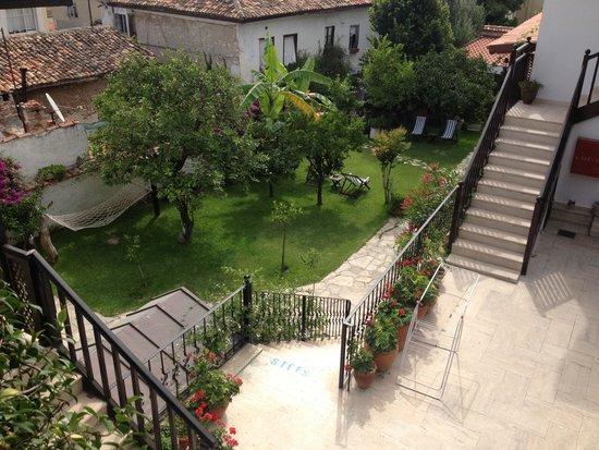 Villa Konak Hotel Kusadasi: jardin