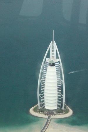 Seawings Seaplane Tours: Burj al Arab by air