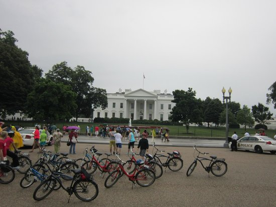 Capital City Bike Tours: Up close to all the sites!