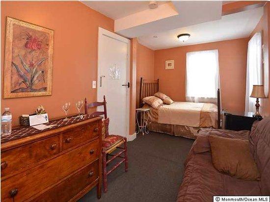 The Inn at Ocean Grove: Tuscany Room