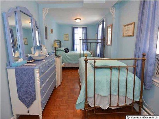 The Inn at Ocean Grove : Blue Willow Room