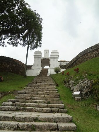 Santa Cruz de Anhatomirim Fortress : Entrada da fortaleza