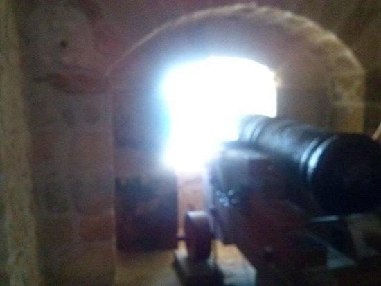 postazione cannoniera castello aragonese Taranto