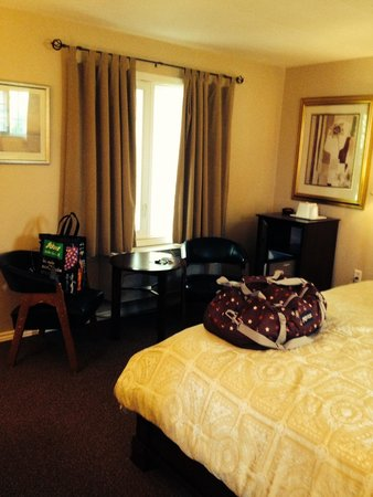Coach House Inn: Room 23