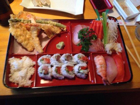 Seh-Mi Japanese Restaurant : Sashimi Bento