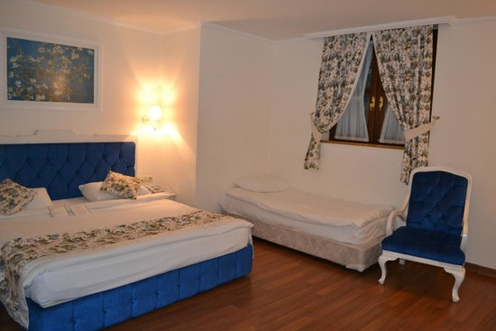 Tutav Adalya Hotel: Номер просторный