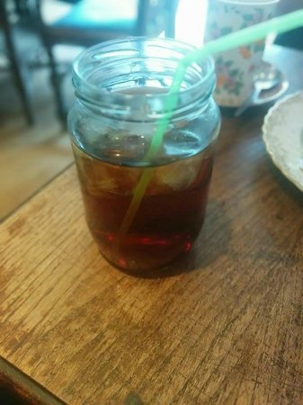 The Olde Young Tea House: The iced tea here is awesome.