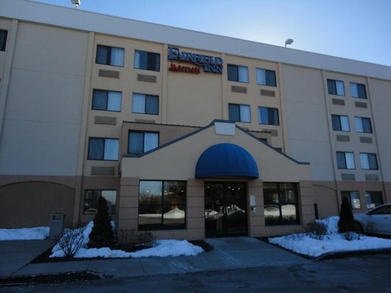 Fairfield Inn & Suites Albany East Greenbush: Main entrance
