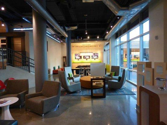 Aloft Oklahoma City Downtown Bricktown: Lobby area