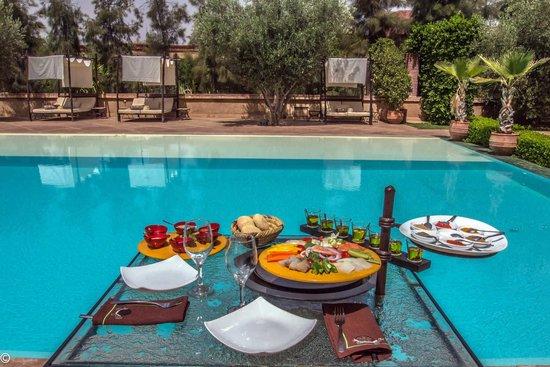 Manzil la tortue marrakech morocco lodge reviews for Piscine price