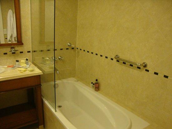Scala Hotel Buenos Aires: Banheiro.