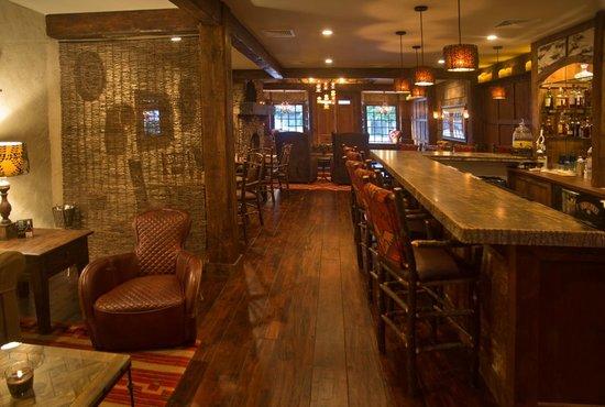 The White Birch Inn: The Laurel Bar