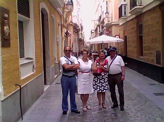 Hotel Serit: viaje en compañia de amigos.