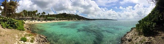 St. James's Club & Villas: The view across Coco Beach
